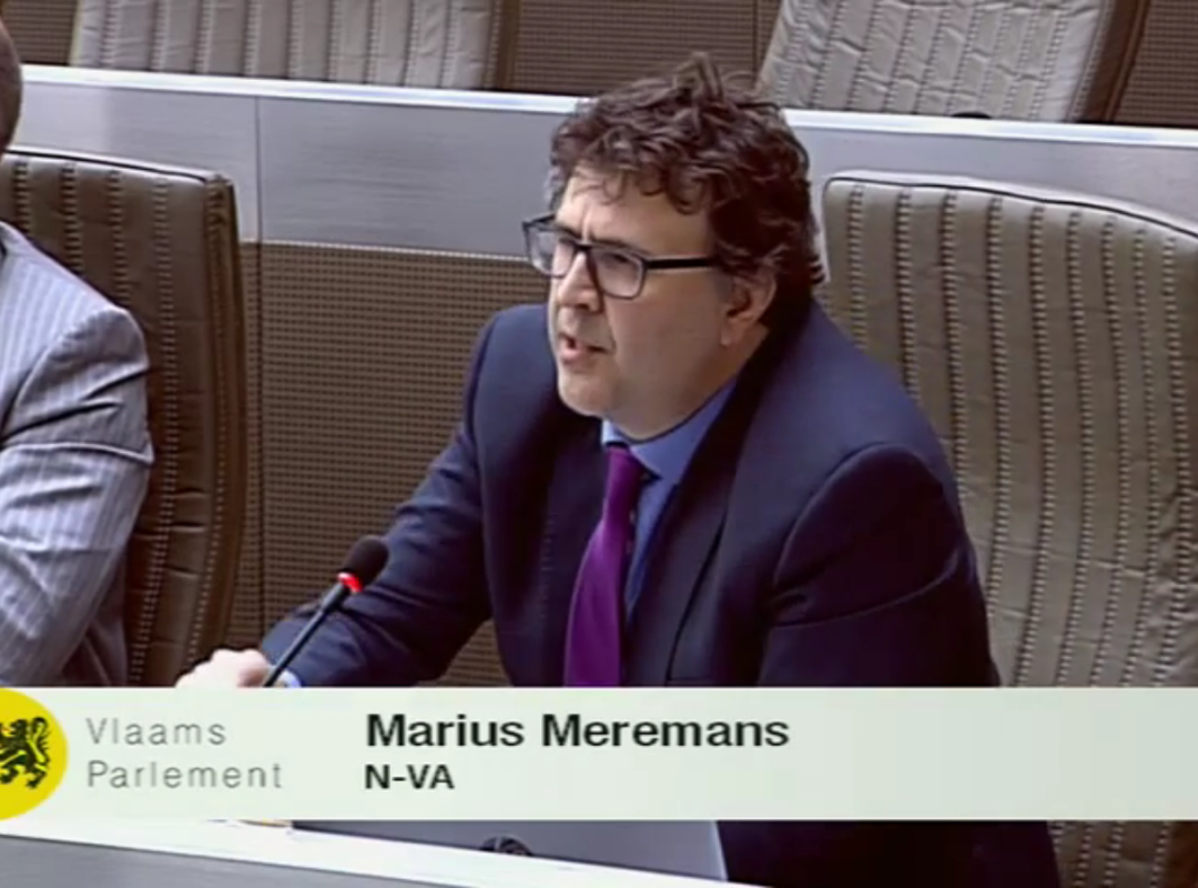 marius_meremans_in_plenaire.png